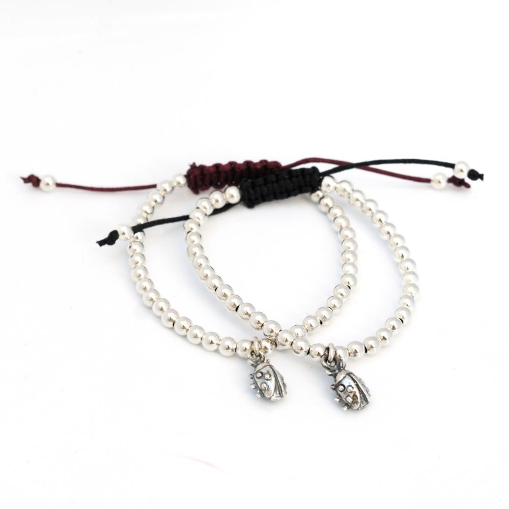 Bracelets (6/6)